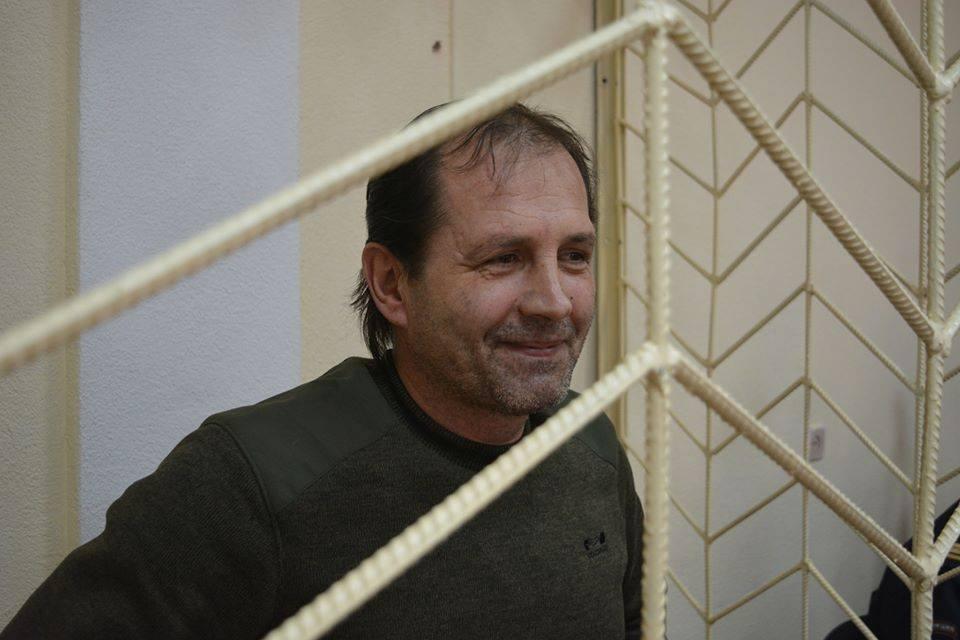 Владимир Балух за время голодовки похудел на десятки килограмм, сообщила его адвокат