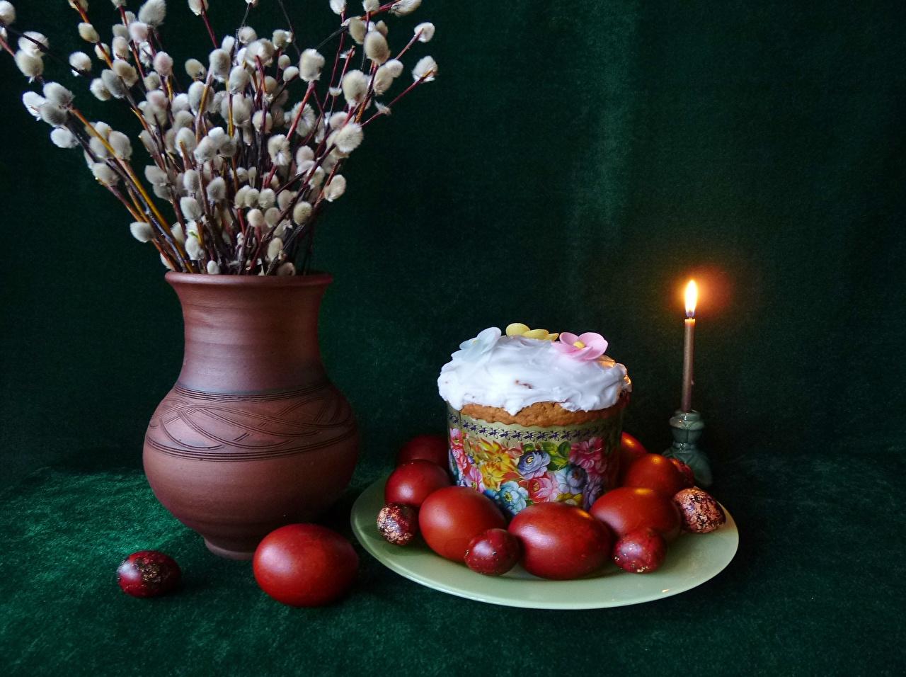 Через неделю после Вербного воскресенья украинцы празднуют Пасху.