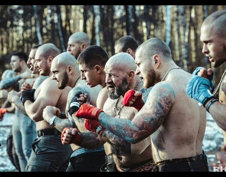 Российские болельщики готовятся организовать