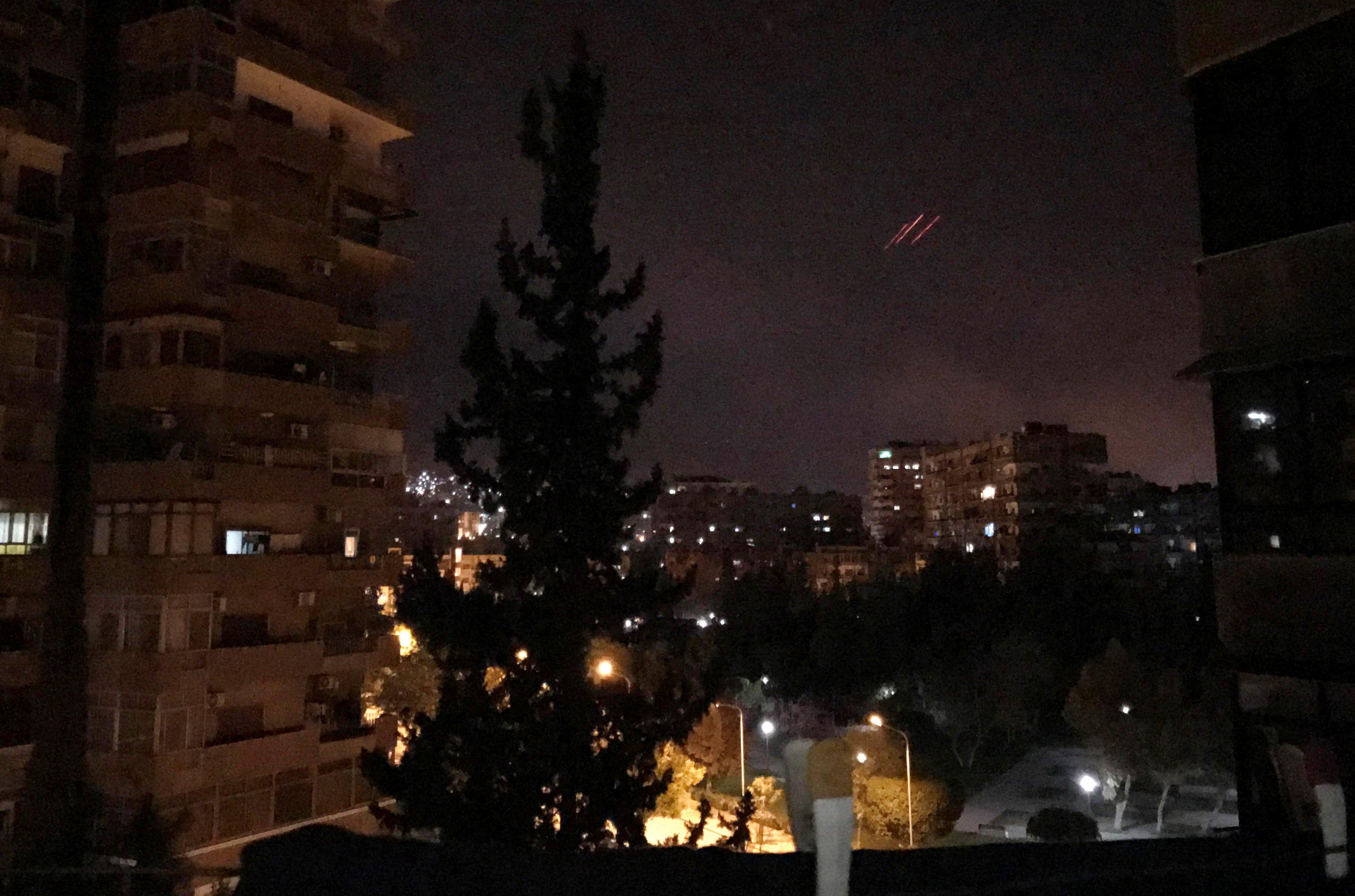 США, Британия и Франция выпустили по Сирии более ста ракет, утверждают в минобороны России