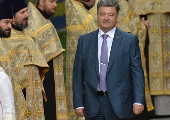 Порошенко заявил о возможном создании поместной церкви