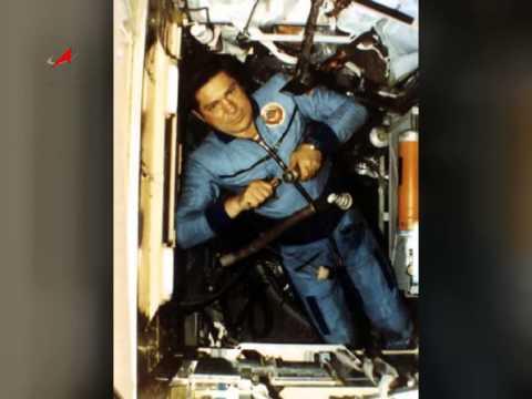 Владимир Ляхов совершил три полета в космос