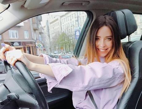 Надя Дорофеева показала новое фото с мужем Владимиром Дантесом
