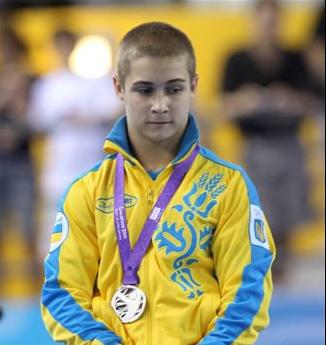 Олег Степко сменил украинские цвета флага на российские
