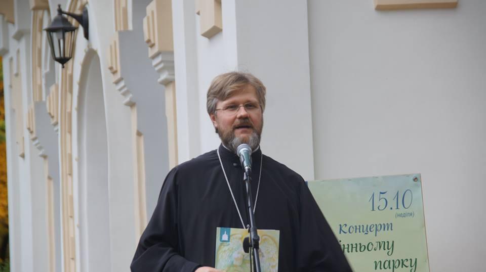 Протоиерей Николай Данилевич заявил, что в Константинополе не позволят разрушить единство украинской церкви