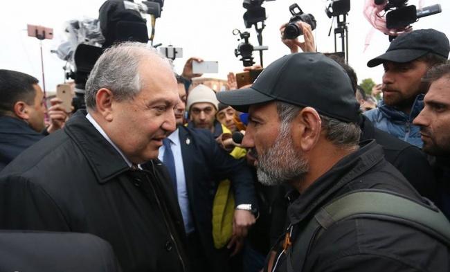 Никол Пашинян выступает за мирную передачу власти