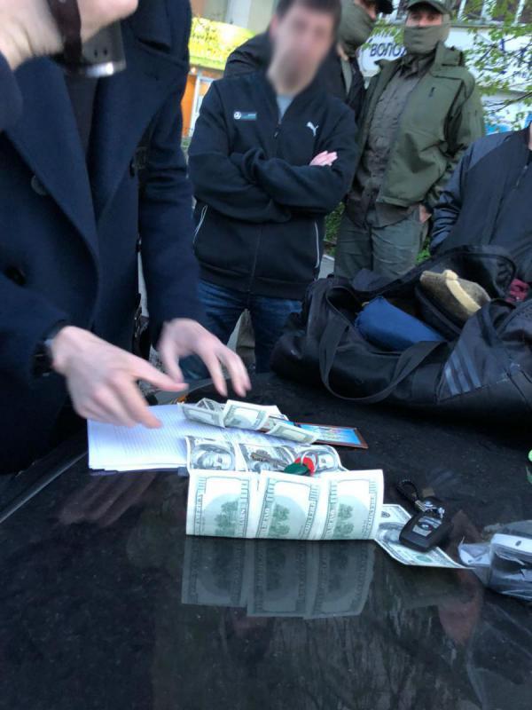 Судью Голосеевского райсуда Киева поймали на взятке