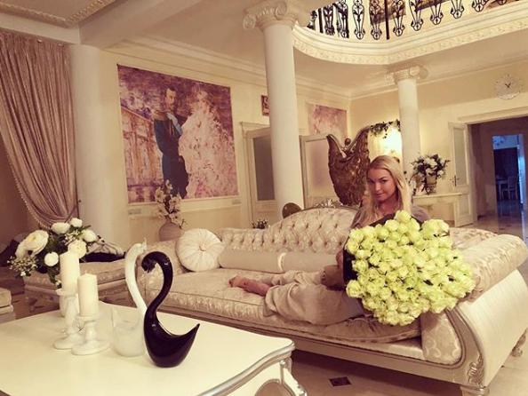 Волочкова возмутила общественность новым постом.