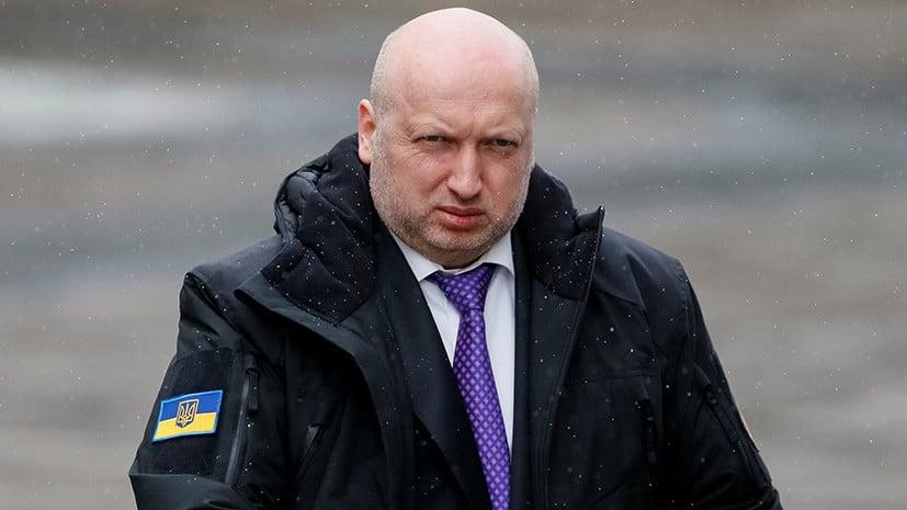 Турчинов предложил всем церквям Украины объединиться, потому что этого требуют интересы страны