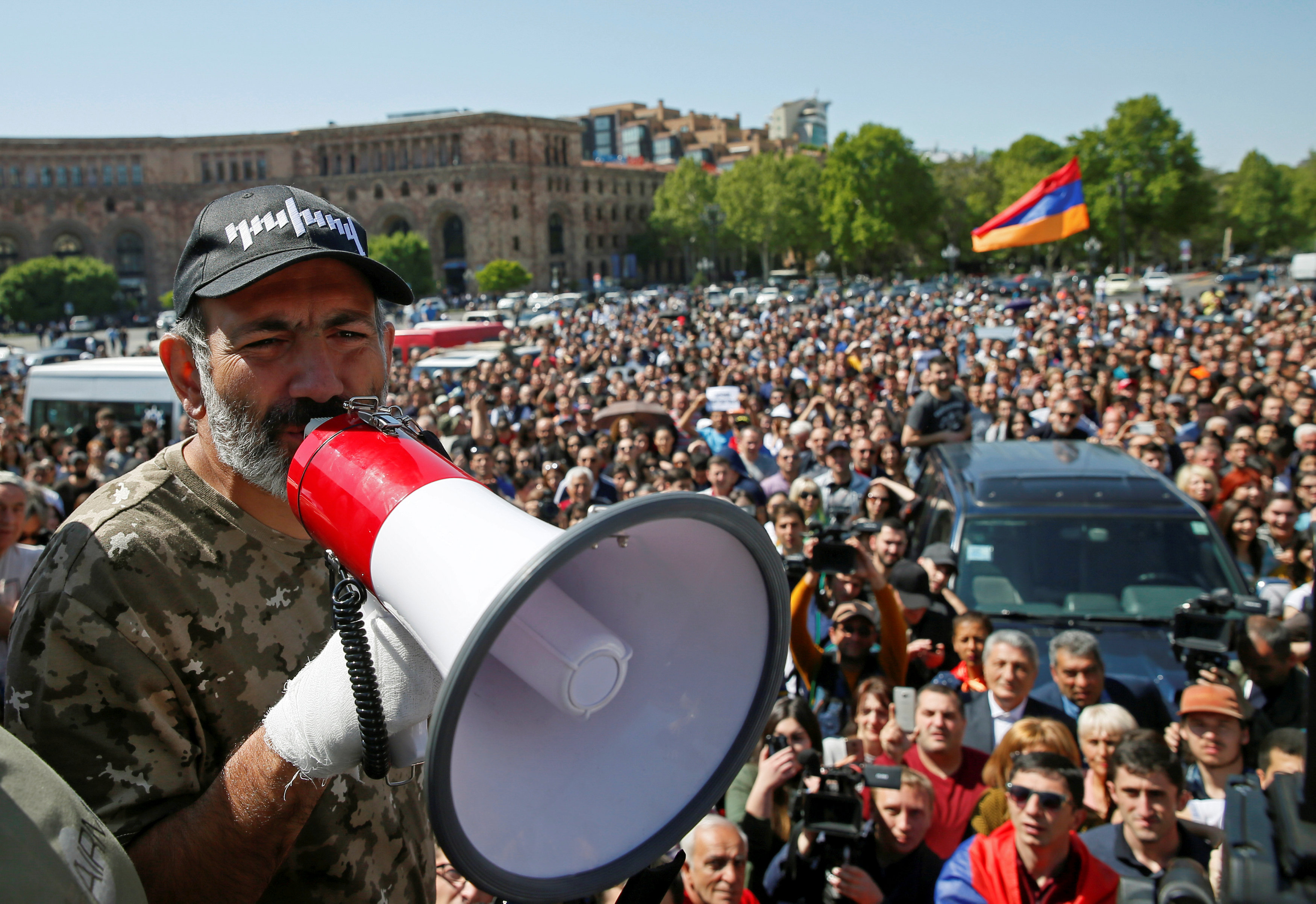 Никол Пашинян призвал к тотальной акции неповиновения