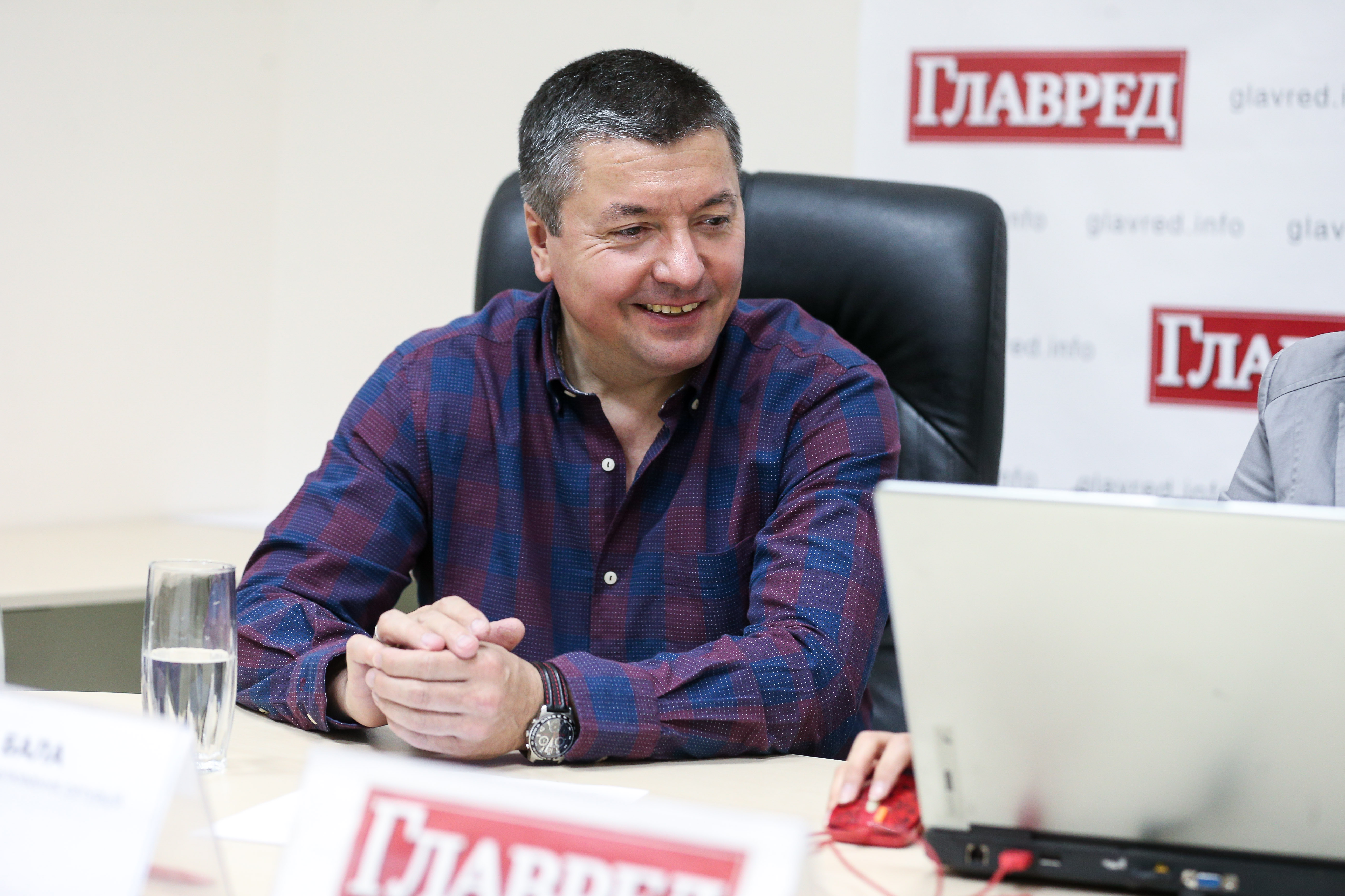 Виталий Бала прокомментировал знаменитостей в политике