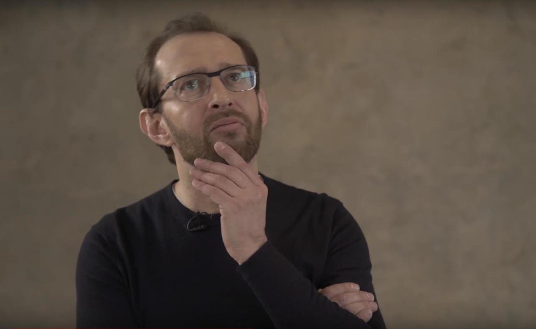 Хабенский признался, что Джоли ему делала искусственное дыхание
