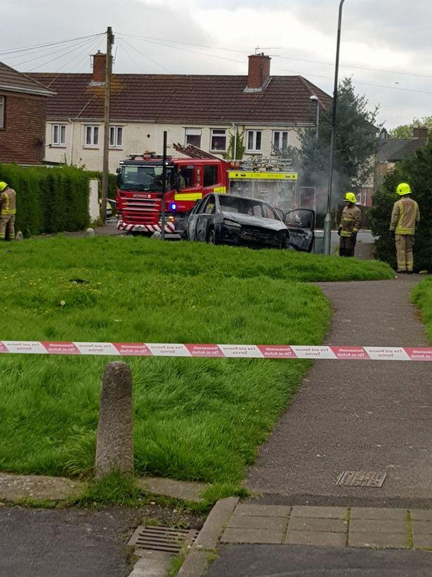 Машину нападавшего нашли неподалеку сгоревшей.