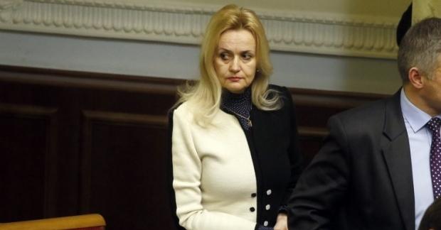 Ирина Фарион снова атаковала иноязычных украинцев - однако на этот раз досталось любителям английского