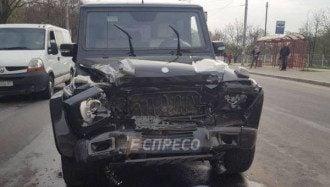 Пьяный автомойщик разбил внедорожник Медведчука
