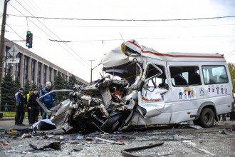 В Кривом Роге маршрутка, котора стала участницей кровавой аварии, ехала со скоростью менее 50 километров в час