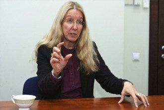 Ульяна Супрун заявила, что хрустеть пальцами вовсе не вредно.