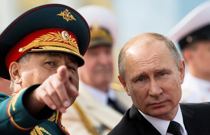 Путин на военном параде