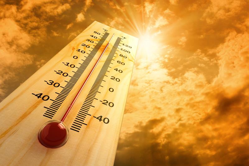 В Украину возвращается жаркая, сухая погода