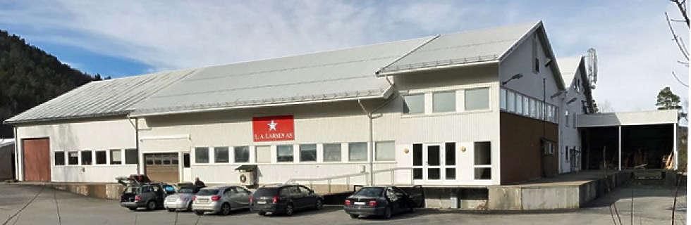С этого завода в Флеккефьорде головоломки отправляются в Россию, Украину и еще более чем 30 стран. Фото: L. A. Larsen.