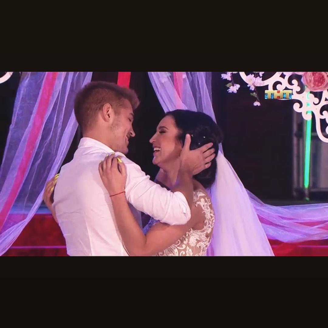 Гриценко поделился снимками с Бузовой в свадебном платье