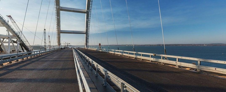 Оккупанты с помпой открыли Крымский мост