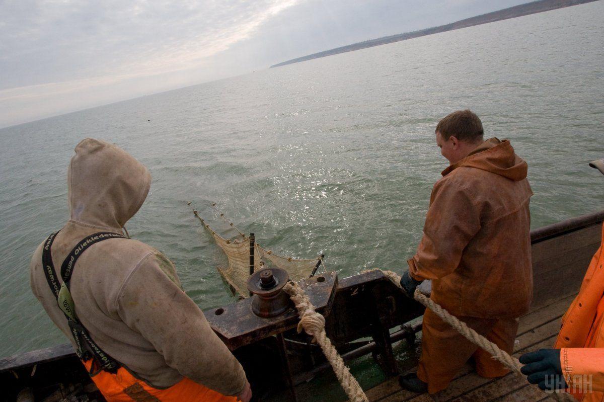 В Бердянске не могут найти двух рыбаков