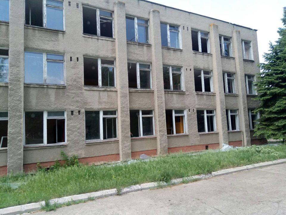 Обстрел в школе Светлодарска
