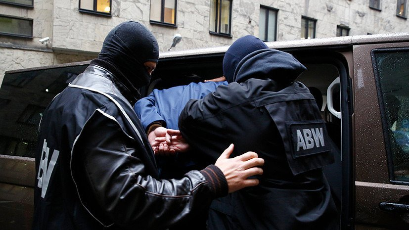 В Москве украинца задержали якобы за военную контрабанду.