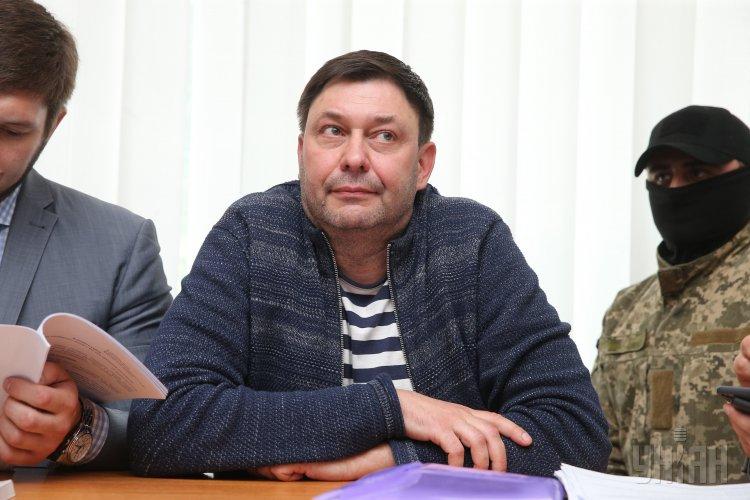 Кирилл Вышинский пожаловался на сильные боли в области сердца