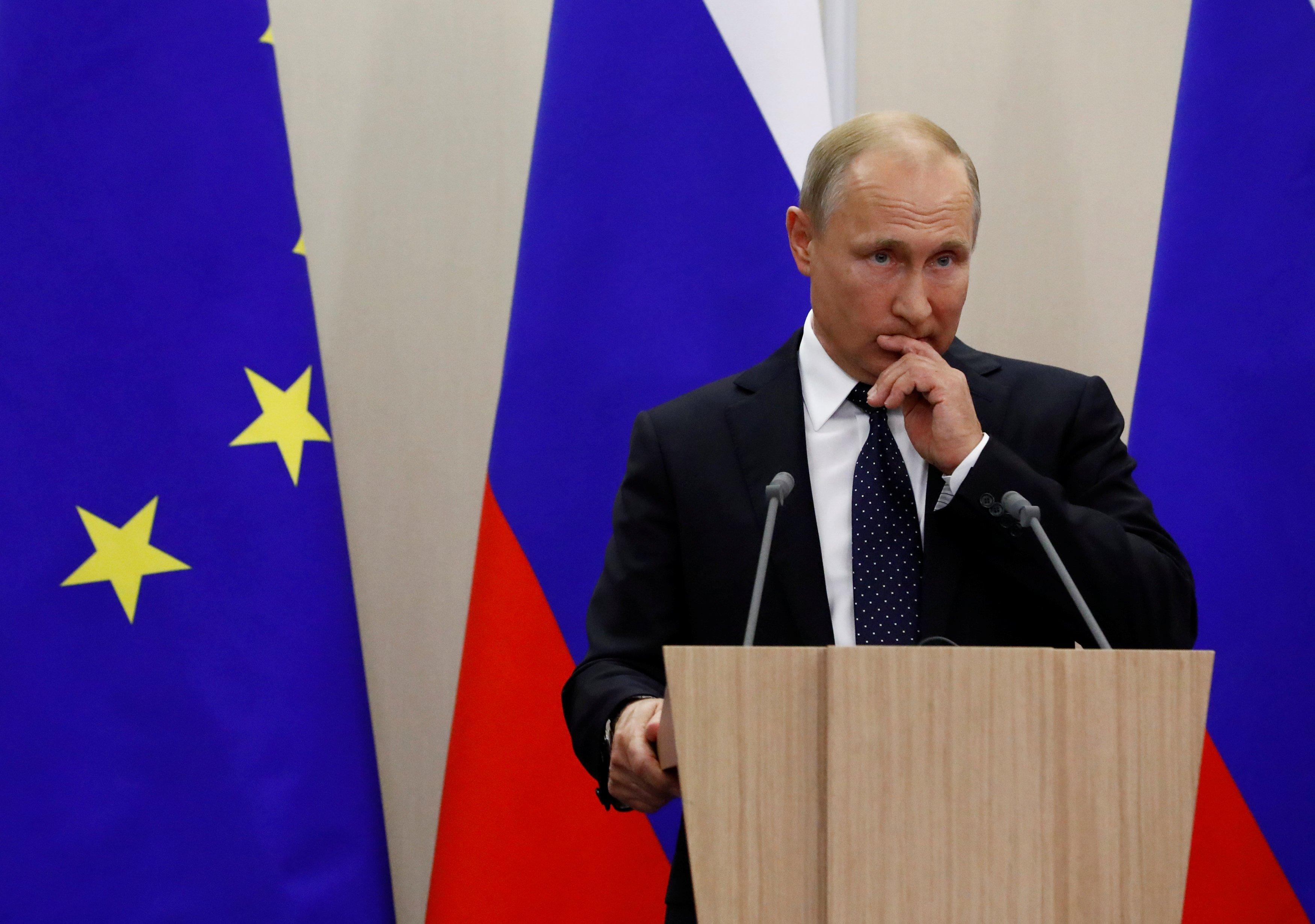 Эксперт считает, что в России оппозиция сможет отстранить от власти Владимира Путина