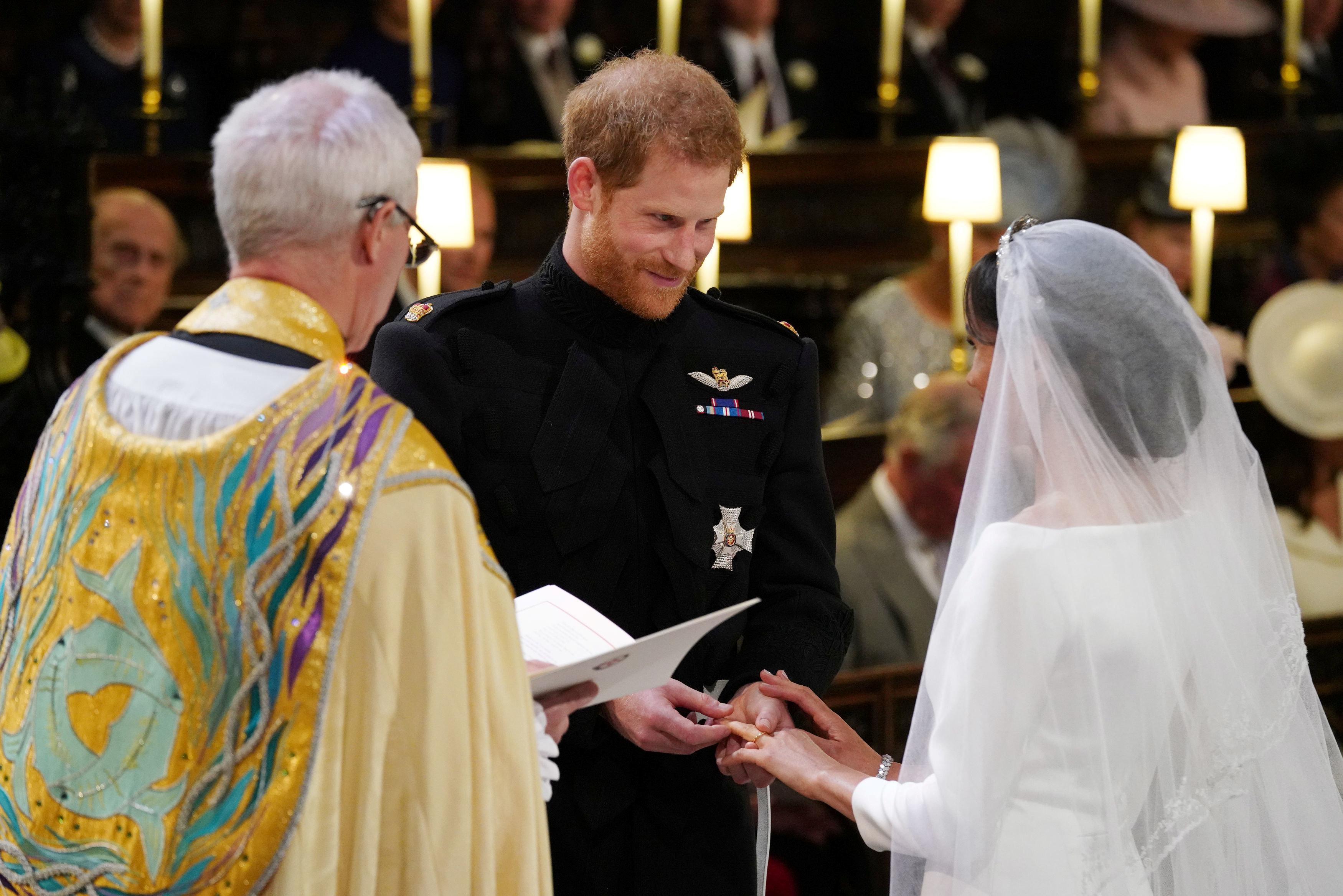 Гарри и Меган обменялись кольцами