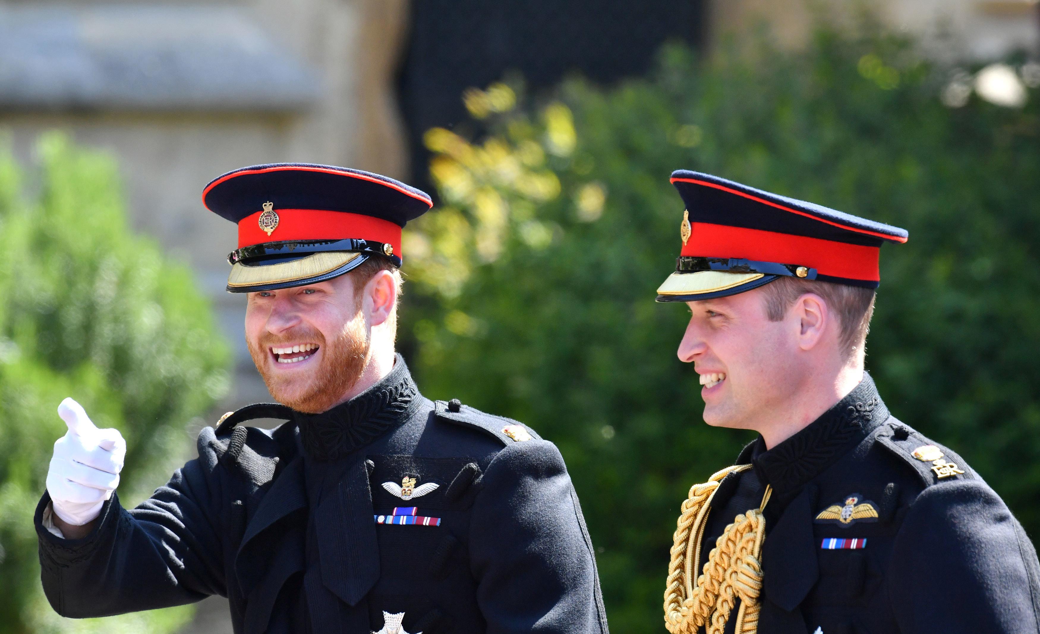 Принц Вільям кличе принца Гаррі додому