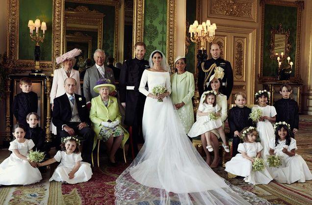 Официальное фото королевской семьи Британии