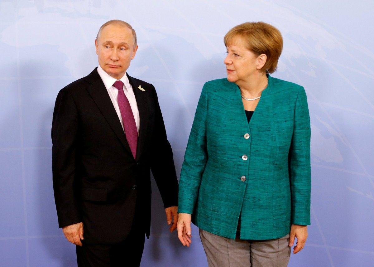 Путин заявил Меркель, что ему нетрудно и самому профинансировать газопровод