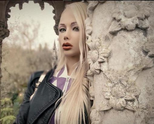 Валерия Лукьянова позировала голой в душе