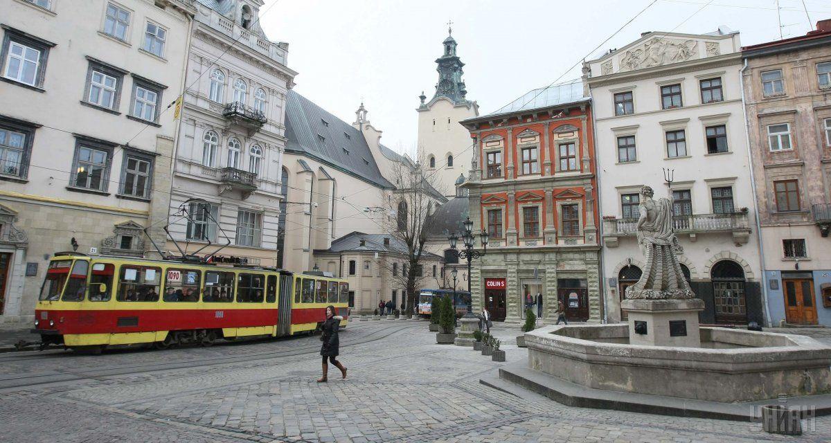 В центре Львова умер турист из Польши