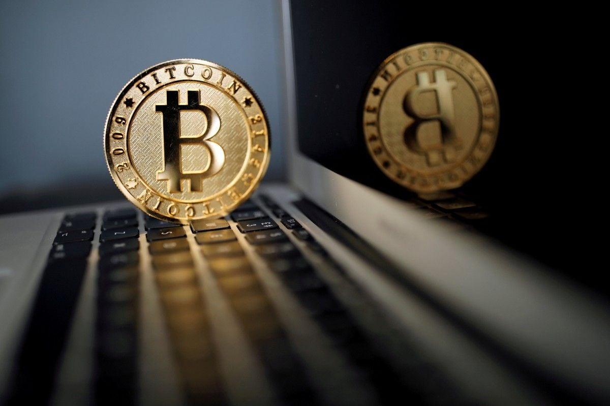 Аналитик полагает, что курс биткоина скоро может опуститься ниже новой психологической отметки