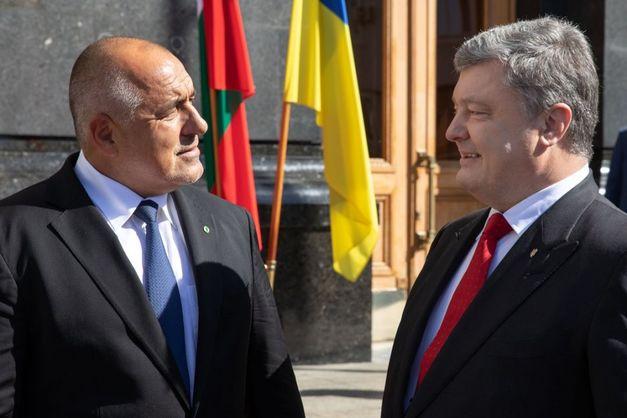 Порошенко и Борисов договорились построить дорогу