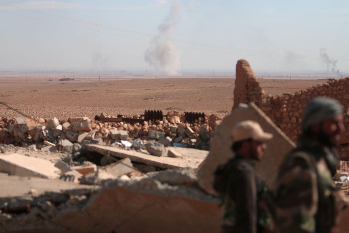 В РФ заявили, что военные в Сирии не успели отбить атаку
