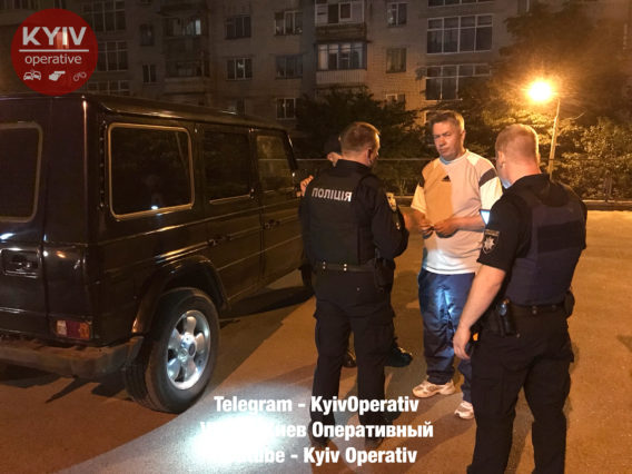 В Киеве пьяный бывший нардеп ездил за рулем авто Mercedes, узнали СМИ
