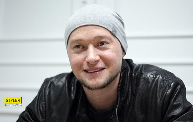 Хлывнюк считает, что артисты говорят о политике из-за пиара