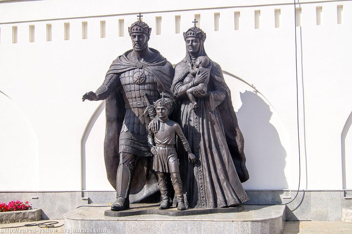 Брак князя Дмитрия Донского с княжной Евдокией называют образцом христианской семьи.