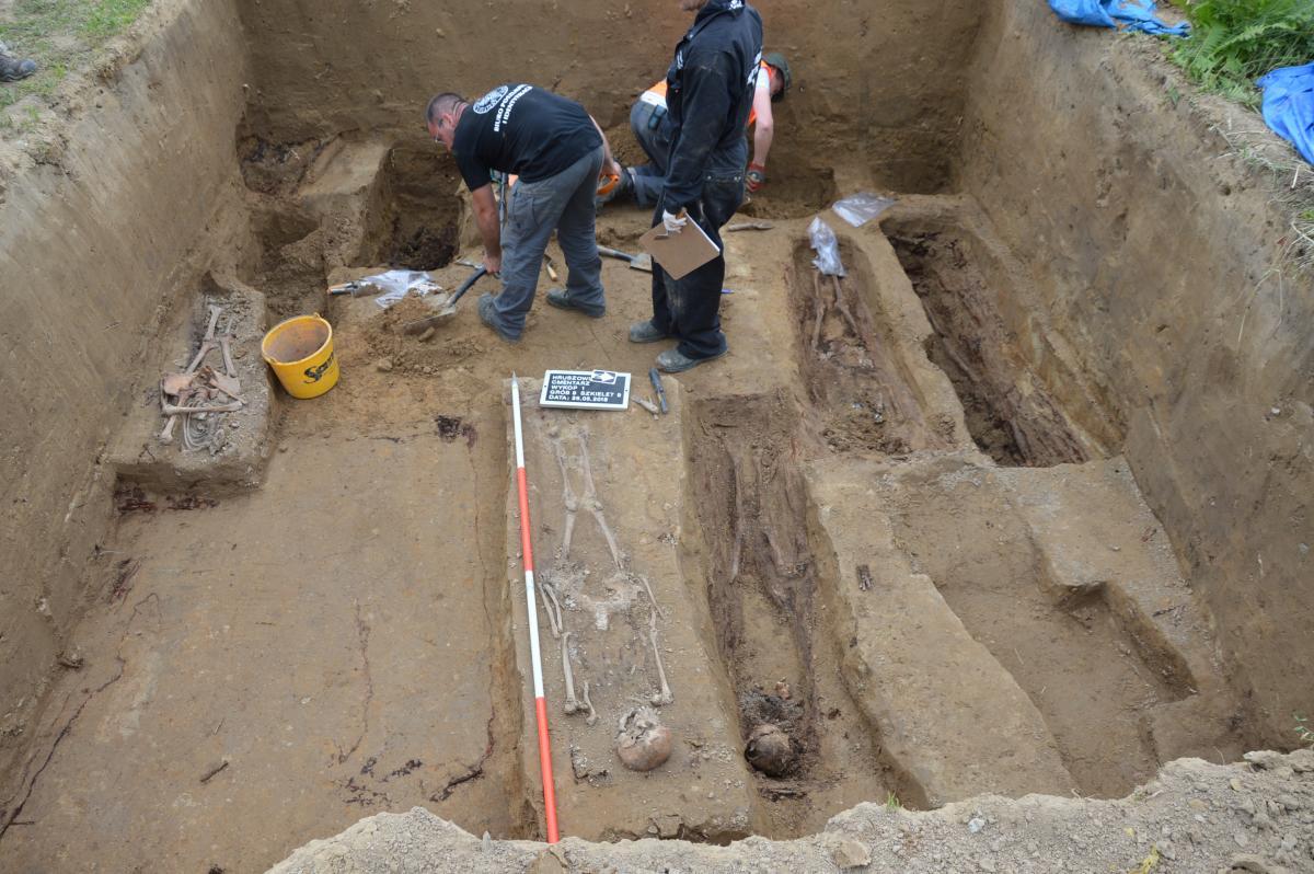В Польше провели раскопки на кладбище в Грушовичах