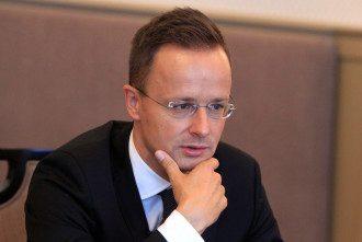 Сийярто выдвинул обвинение Украине из-за Миротворца