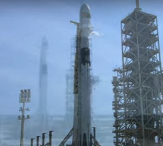 В США SpaceX впервые запустила модификацию ракеты Falcon 9 — Block 5