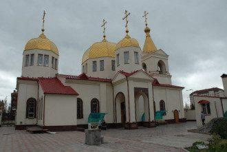 Церковь архангела Михаила в Грозном, которую пытались захватить боевики.