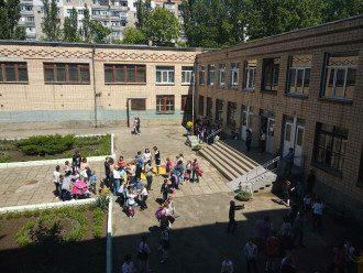 Карантин в Украине - школы готовят к дистанционке - кто вернется за парты