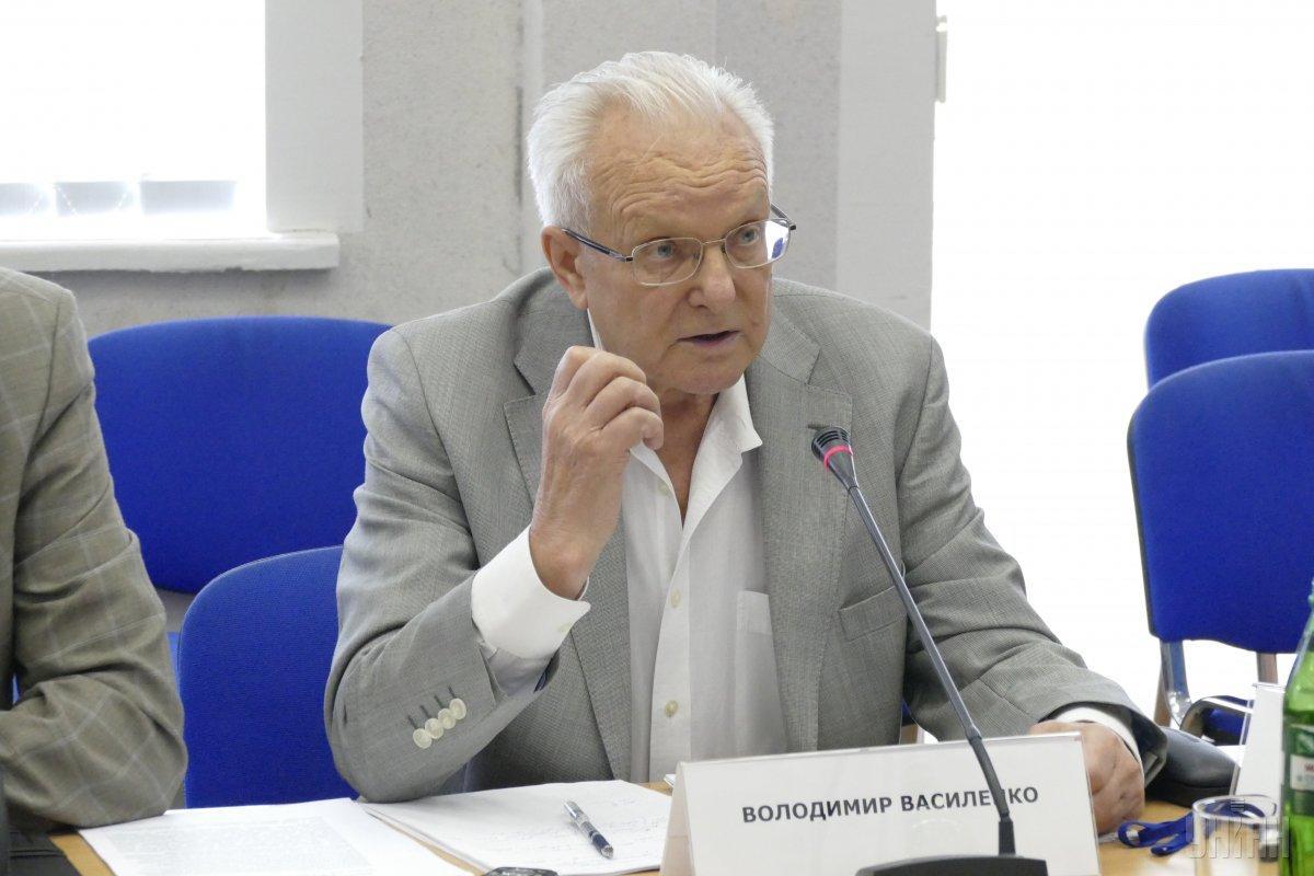 Василенко хочет помирить украинские спецслужбы