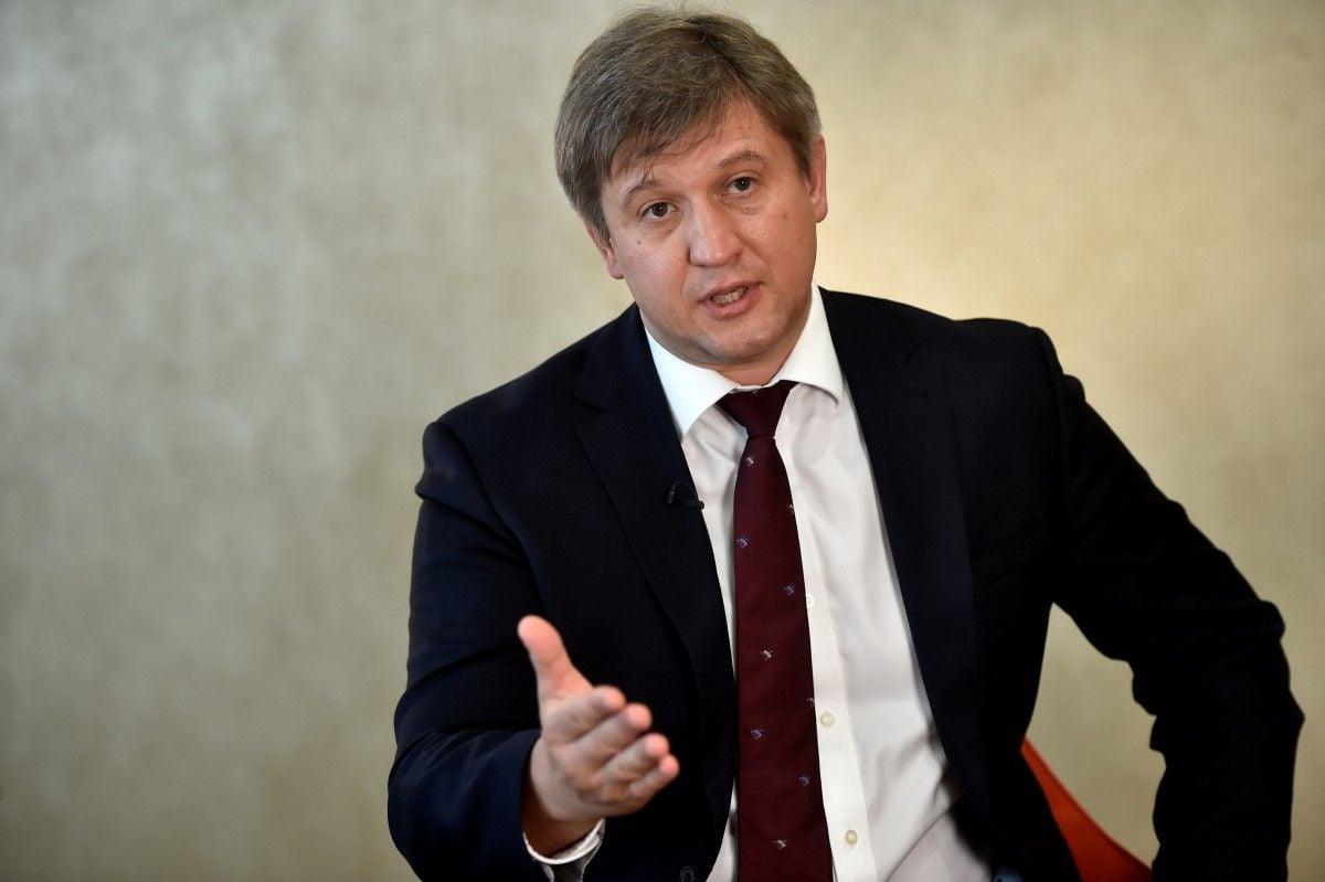 Данилюк перед отставкой разговаривал с Порошенко